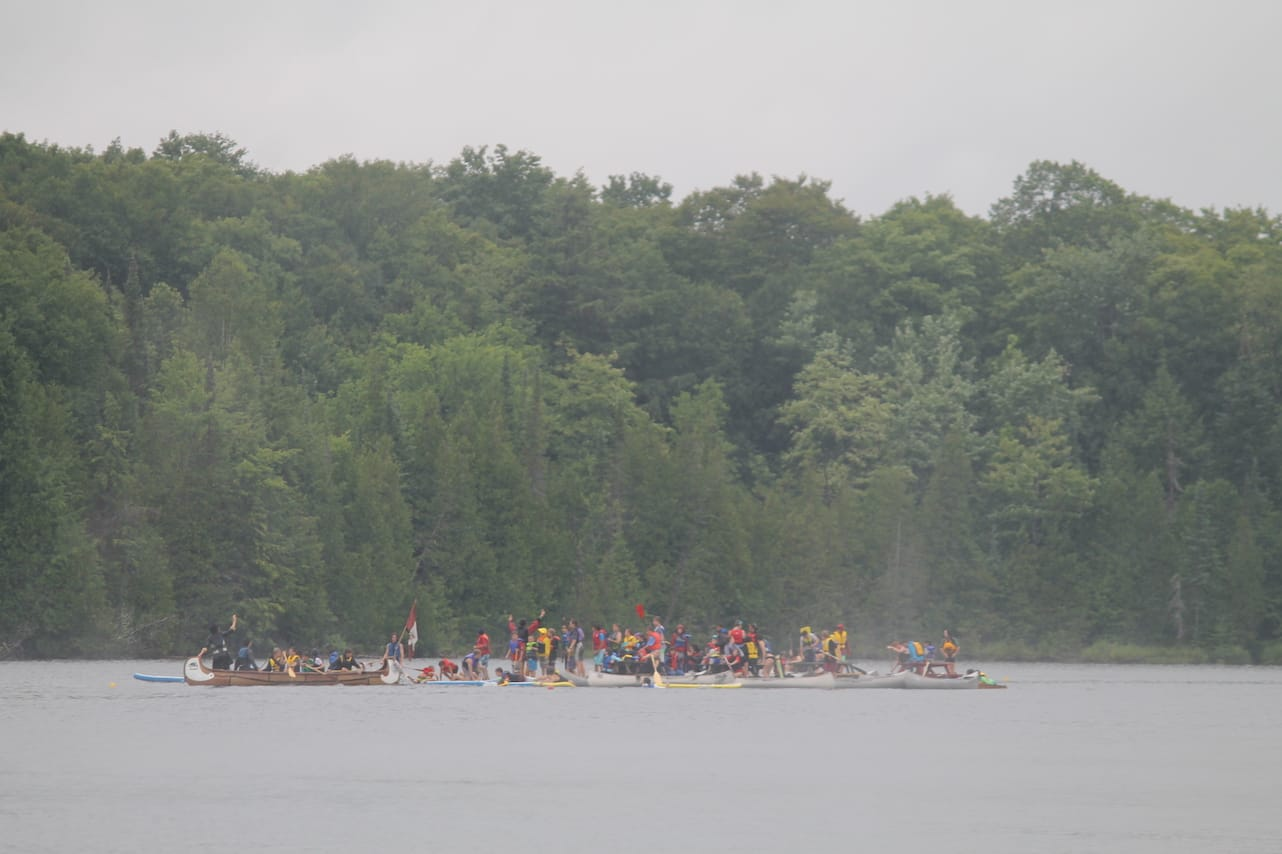 All campers arrive at the middle of the lake